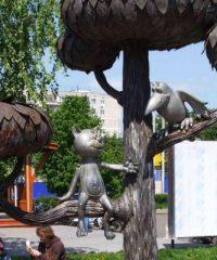 Памятник котенку Василию с улицы Лизюкова